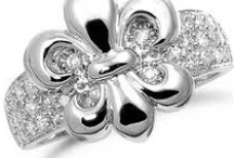 """~ Jewelry...OH How I """"LOVE"""" Thee! ~ / Jewelry Box Dreaming!  / by Dawn Lancon🌺"""