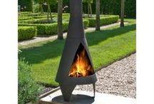 Sfeerbeelden / Met alleen een productafbeelding blijft het beeld van een geweldige vuurkorf, vuurschaal of terrashaard soms wat achter. Een goede foto zegt meer dan 1000 woorden. Daarom hier ook wat sfeerbeelden van de artikelen die wij bij Vuurkorfwinkel.nl verkopen.