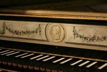 A Piano, Please / by Cindy Remacle