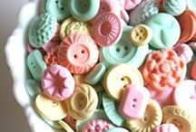 Buttons / by Cindy Remacle