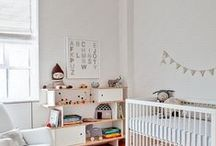 Little People Bedroom / I dream a dream of a clean kids bedroom.