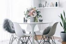 Tulip Set / Inspiration on Eero Saarinen's iconic table, in all kinds of styles, with all kinds of chairs // Inspiración de esta mesa icónica, perfecta en cualquier estilo de decoración y con cualquier silla.