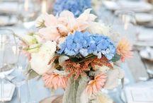 Hochzeit in Blau und Pfirsisch