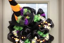 Wreaths for All Occasions / Wreaths for all occasions, Christmas, Easter, Fall, Spring, St Patrick's Day, Valentines, Summer, and Sports