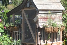 Chicken Coops!! Cool!! / by 🌺~allthingsshabby~🌺