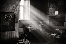 PHOTO - black & white