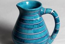 Vase Stunners / by Craftsvilla.com
