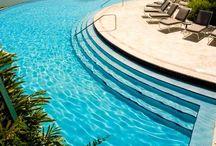 Luxury Resorts / by Diana Masa