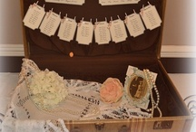 Suitcase and trunk wedding seating plans / A suitcase or trunk can make a great table plan and here are plenty of ideas. Also, have a read of our article at http://www.toptableplanner.com/blog/suitcases-and-trunks