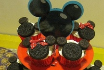 {Minnie Mouse Party!} / by Alli Odom