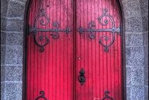 UNUSUAL COOL DOORS / Unique and colorful doors provide inspiration from the mundane. Set the tone for the grand entrance.