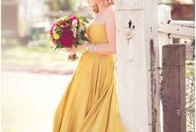 Colorful Wedding Style / Colorful wedding ideas Follow us on Instagram @oohlaladesigns