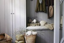 { Hall ~ Hallway } / Hall, entré, hallway, entryway, mud room, country style, white, shabby,