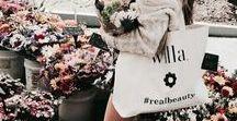 Pop Up Shop / Pop Up Shop ideas, bouquets, shop ideas, floral shop ideas, wrapped bouquets,bouquets wrapped in kraft paper