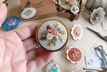 Handmade Embroidery Art by Arorua / Diseño y creación artesanal de accesorios para bodas y otros eventos especiales // This board showcases my work