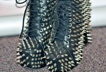 ♥ ♥I love Shoes !!!♥ ♥ / My favorite shoes brands and stores  / by Maria Beamer J