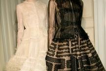 dress me / dresses