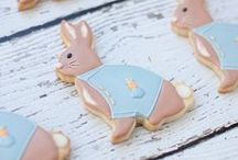 Easter Decorated Cookies / Decorated cookies and cute cookie cutter shapes for Easter.