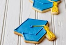 Graduation Decorated Cookies / Ideas for decorated cookie shapes to celebrate graduation.