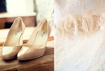 Neutral Wedding Details / by Two Bright Lights