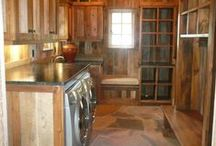 Wood Laundry Room / Everything related to the combination of wood + laundry!