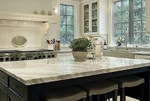 Favorite Kitchens / by Karen Moran