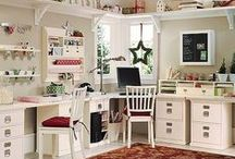 Crafting Space and Organization / Ideas for the craft room, the studio, the cubby hole: Storage ideas, organizational tips, rooms that some can only dream of.