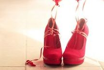 Shoes i love  / by Johana Rosadio