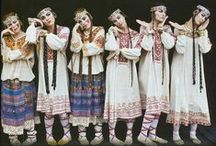 Les Ballets Russes / Russian ballet troupe expats. Leader was Diagliev. Totally regenerated and modernized the ballet world in the early 20th century. Nothing to compare since then.  / by Suzy Dowling