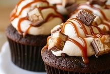 ::Cupcakes Galore:: / delicious cupcake recipes / by Jennifer Gray