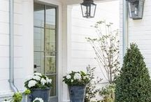 Curb Appeal Ideas / So many ideas to make your home look welcoming and cozy!