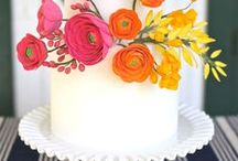 Wedding flowers and cakes / Pictures of flowers and wedding cakes / by Patricia Paxton
