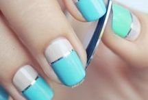 Nail Art / Easily spice up your handiest accessories! Look for tips and inspiration to color, paint, and design your nails