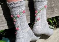Embellished knitting / Beautiful knitted items that have been embellished with embroidery, applique or ribbons.