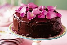 Special occasion cakes / Cake recipes suitable for birthday, anniversaries, showers or any special occasion.