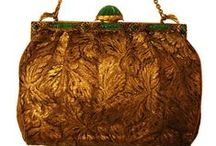 purses! / by Marlee Kratzer