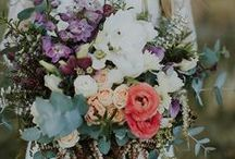 Flowers + Bouquets / by Mariah Danielsen | Oh, What Love Studios