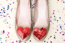 Heart Themed Wedding Ideas / Hearts are the symbol of love! We love all of these beautiful heart themed wedding ideas and we're sure you'll be charmed by them, too!