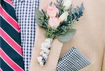 Color Crush - Navy & Fuchsia / The vibrance of the fuchsia and pinks against the more subtle navy tones really pops out, making it the perfect color palette for a lively summer wedding.