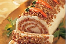 Food- Jelly Roll Cakes / by Stephanie Plum