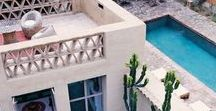 Palm Springs style / House and Interior design inspiration from Palm Springs and mid century, hollywood glamour influence.