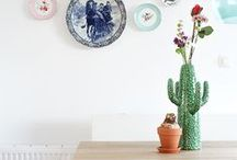 Plates on the wall / Plates not to eat from, but as a very nice decoration on your wall. I love it!