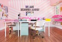 decorate: creative work space / creative home office and photography studio ideas and inspiration!  / by Wonderlass   Entrepreneur + Blogging Tips