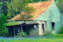 Rustic Barns / Don't ya just love old barns? So much a part of American history..... / by Donna MacKenzie