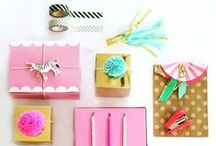 gifts + wrapping / Cute gift ideas and lots of pretty gift wrap inspiration! Also pretty packaging.