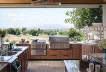 Brown Jordan Outdoor Kitchens / Brown Jordan Outdoor Kitchens satisfy the desire for style and design in today's outdoor entertainment living rooms. Every kitchen is customized with the ability to house any manufacturer's grills and appliances, offering the flexibility of supporting any style of cooking.  From traditional to contemporary accessories, Brown Jordan Outdoor Kitchens offers a unique look for any residential or hospitality outdoor venue.
