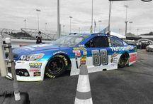 NASCAR / by Robert Hawkins