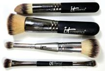 Makeup Brush Crazy / So much of your application is based on your brush!  Here are some great ones.