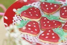 PARTY ♥ Strawberry / by Casa di Falcone