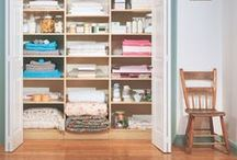 ORGANIZE + CLOSET / Creative and functional ideas about closets... how to organize them and love them!